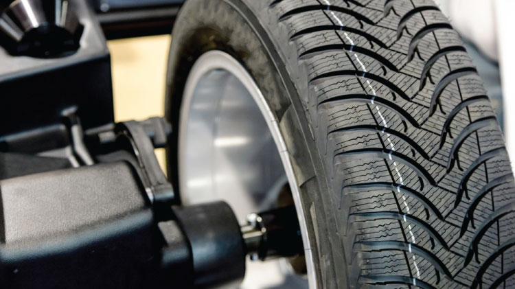 Learn to change your tire
