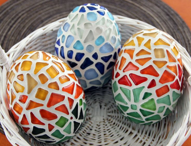 Mosaic Eggs Class